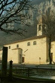 foto laterale della Chiesa di San Maiolo
