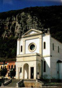 foto dela facciata della Chiesa di San Maiolo